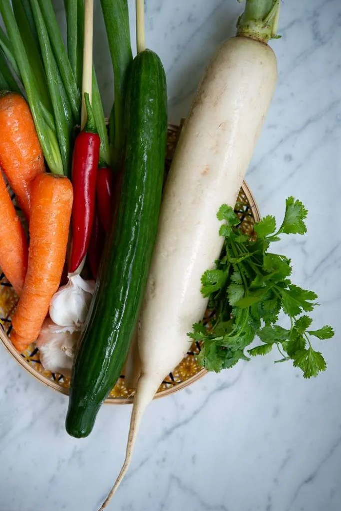 Kinaradise og gulerødder til pickles
