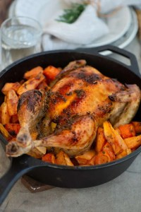 Helstegt kylling med søde kartofler