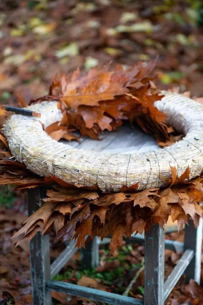 DIY på krans af efterårsblade