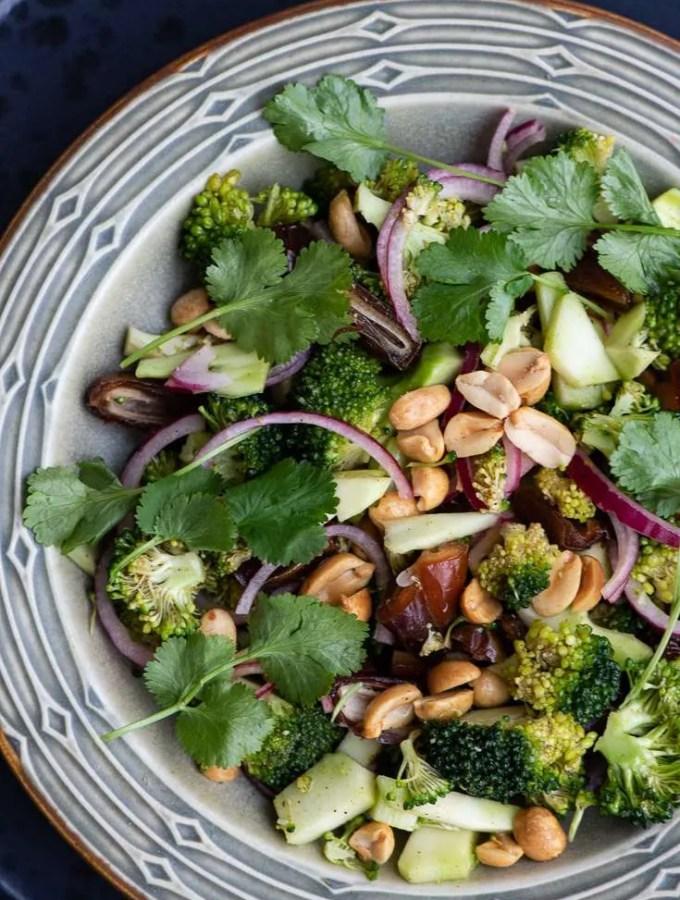 Opskrift på broccolisalat uden bacon