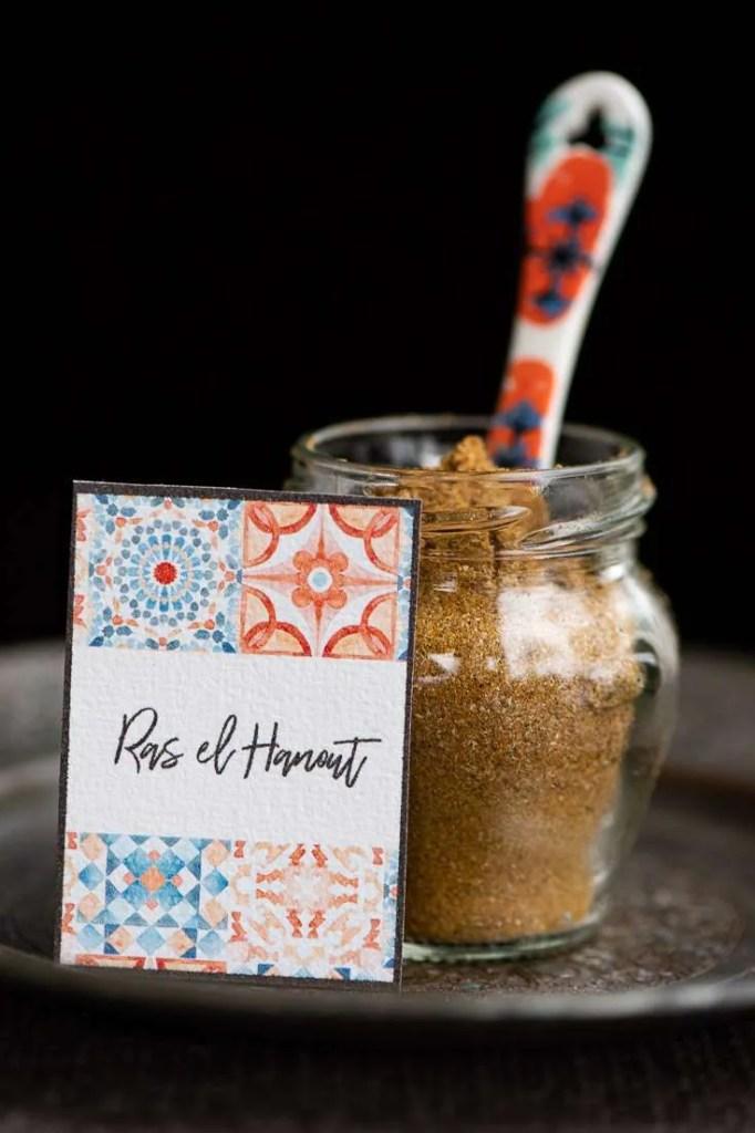 Det Marrokanske krydderimix Ras el Hanout i et glas