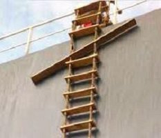 Five Important ways to maintain pilot ladder to avoid accidents or loss of life at sea