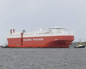 Ship channel in Nigerian port - navigation - Wallenus Wilhemsen