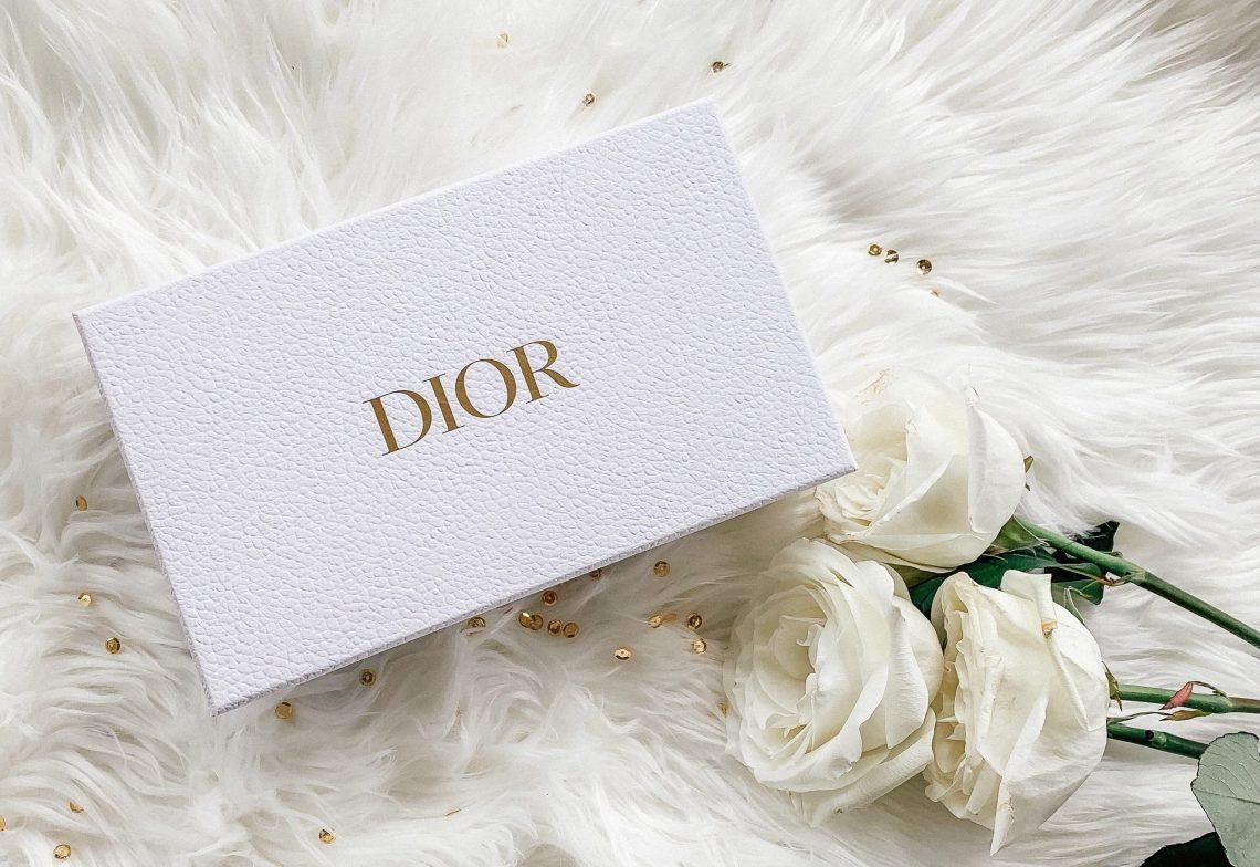 Emballage du vernis rouge massaï de Dior