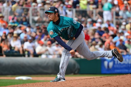 SCOTTSDALE, AZ - MARCH 11: Starting pitcher Hisashi Iwakuma #18 of the Seattle Mariners delivers a pitch in the third inning of the spring training game against the San Francisco Giants at Scottsdale Stadium on March 11, 2016 in Scottsdale, Arizona. (Photo by Jennifer Stewart/Getty Images)