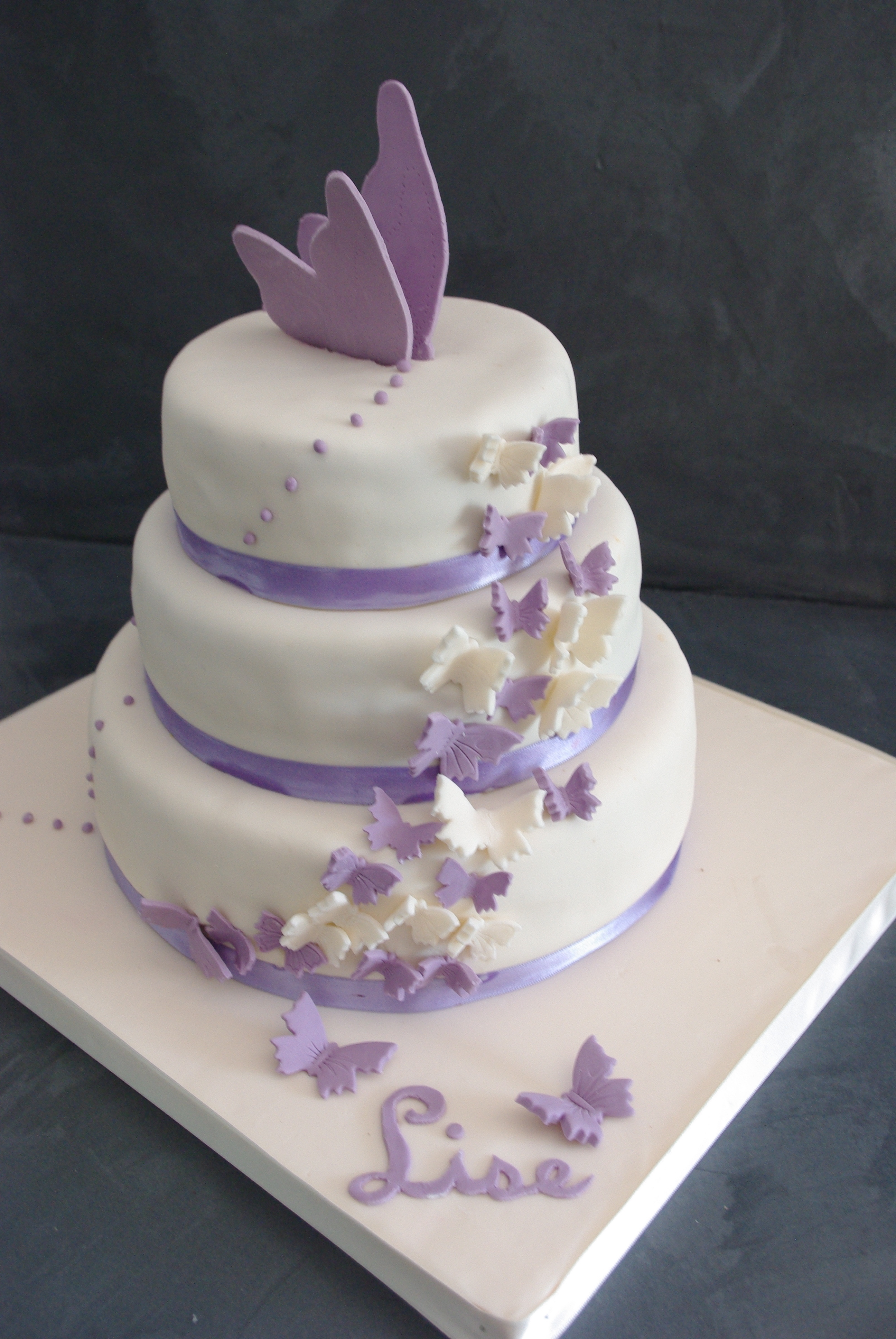 Papillon Marion Magic Cake