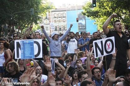 multitud-manifestandose