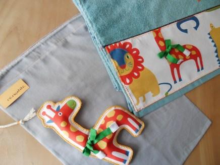 conjunto de bolsa y toalla