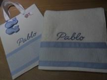 conjunto de bolsa y toalla personalizada en piqué y loneta