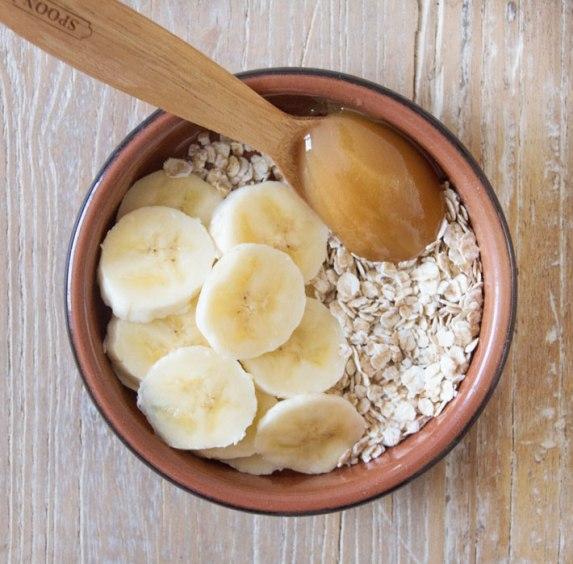 Oatmeal-honey-scrubblog