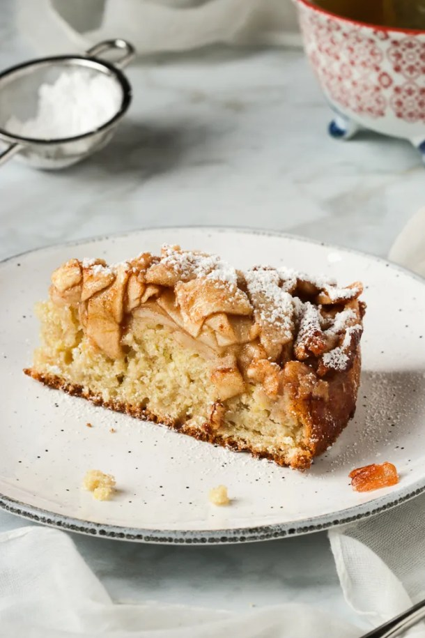 Rustic Italian Apple Cake