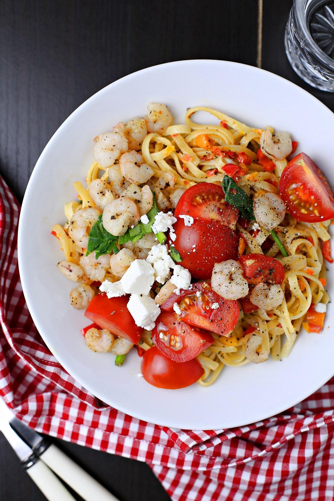 Linguine mit Gemüse und Shrimps