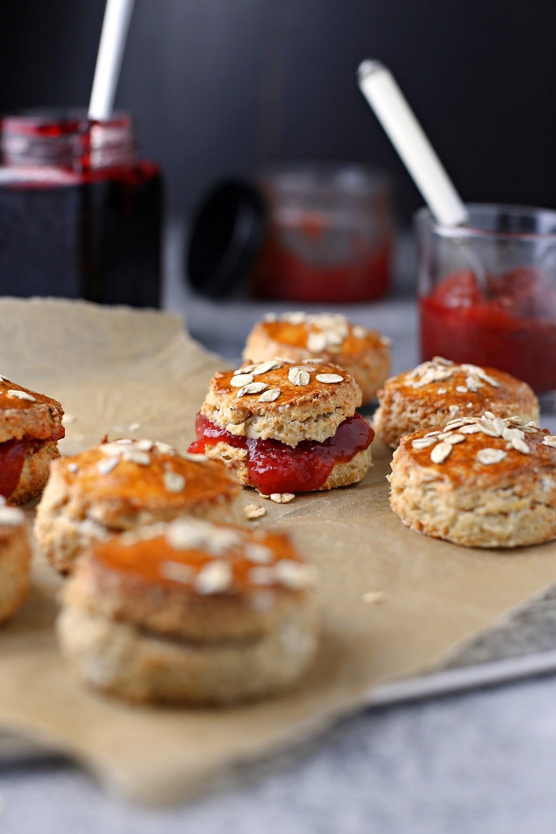 Scones mit Marmelade