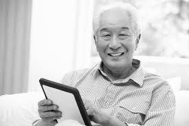 Setelah dirawat di rumah bapak berumur 83 tahun lebih semangat menjalani hidup