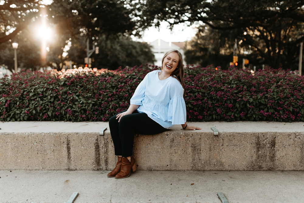 pretty senior photographer in Fort Worth
