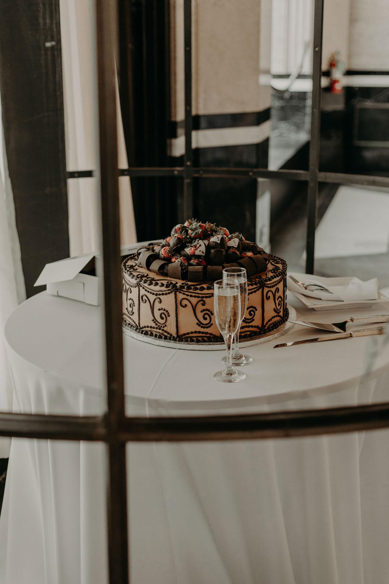 dallas texas grooms cake
