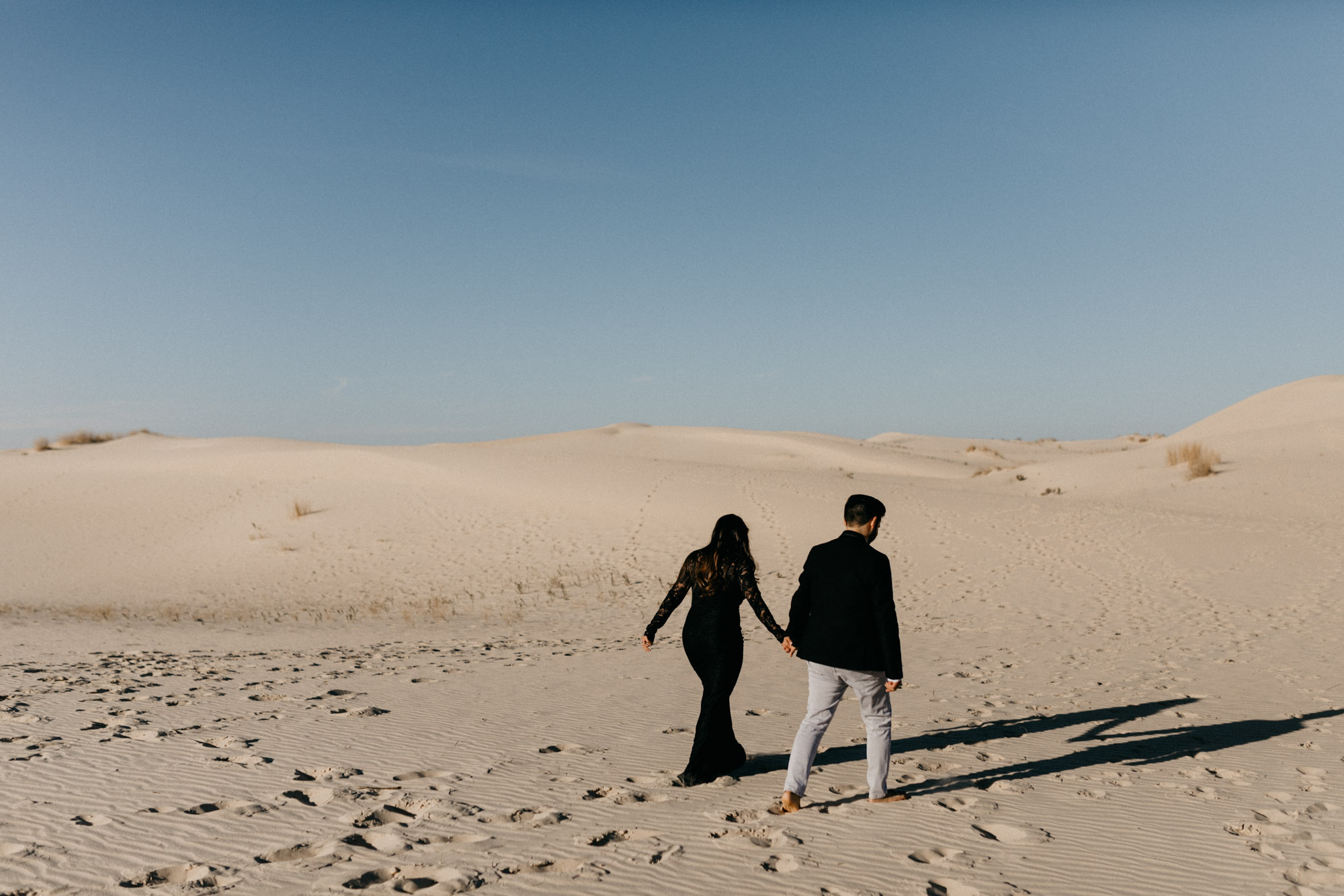 This desert inspired engagement session will leave you feeling so excited for your couples photos! Adventure Photographer | Destination wedding photography | Sand hills engagement session | Desert inspired couples photography | Romantic engagement photos | West Texas Photography Locations | Fort Worth Wedding Photographer | Engagement Photo Inspiration | Couples Photography Poses | Desert Photos | Texas Photography Location | North Texas Engagement Photographer