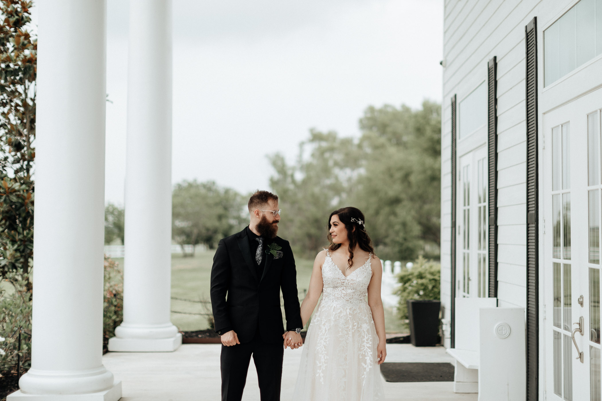 Moody outdoor wedding photo in DFW