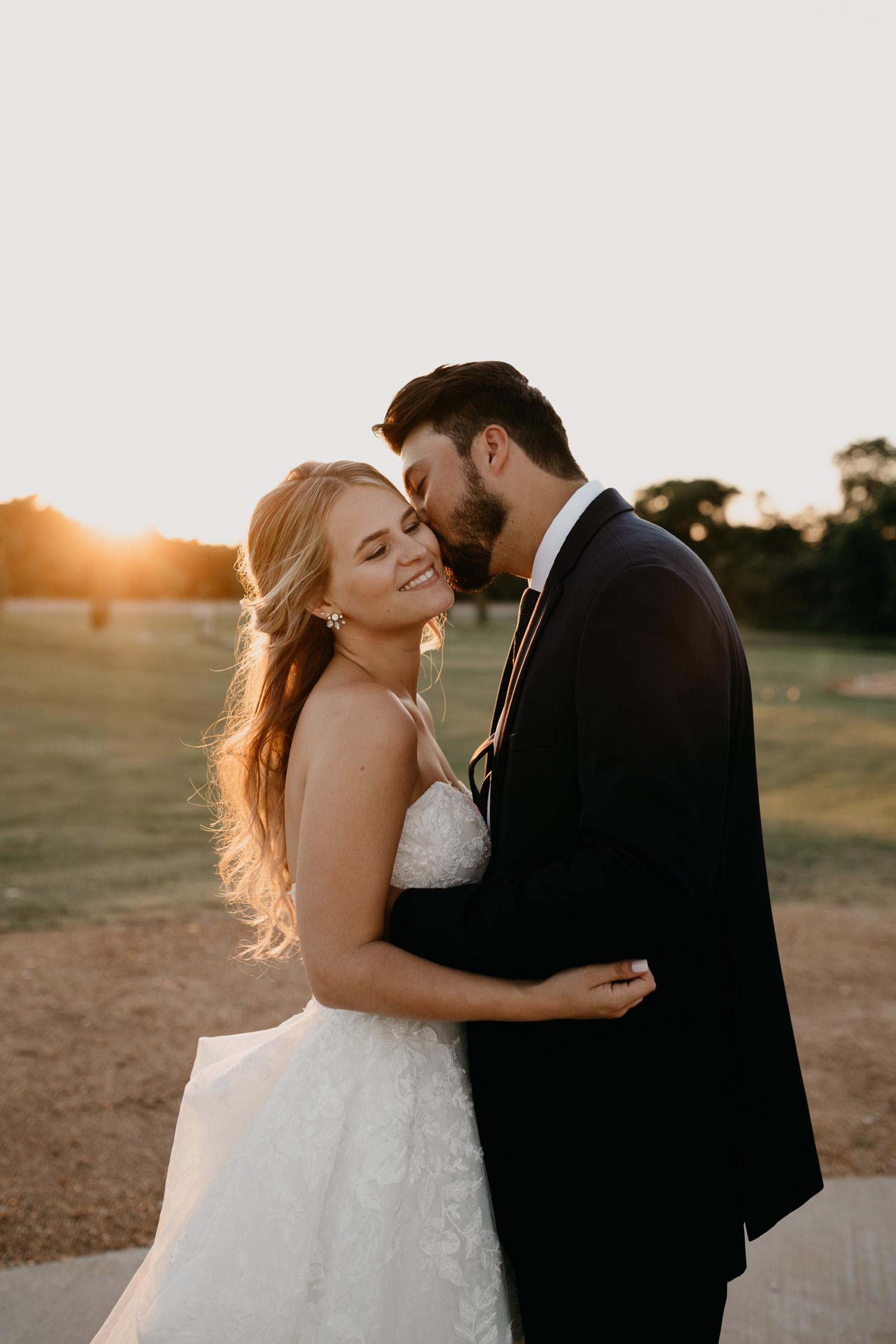 golden hour bride and groom wedding portrait in Dallas Texas