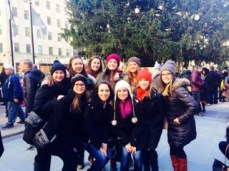 Marist freshmen gather for a photo-op in front of the Tree in Rockefeller Center.