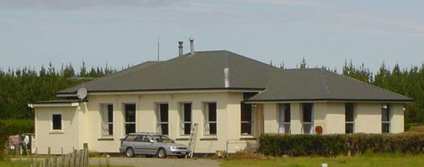 New receiving station built during WW2 at Awarua Radio, now a private residence. Photo: 2007