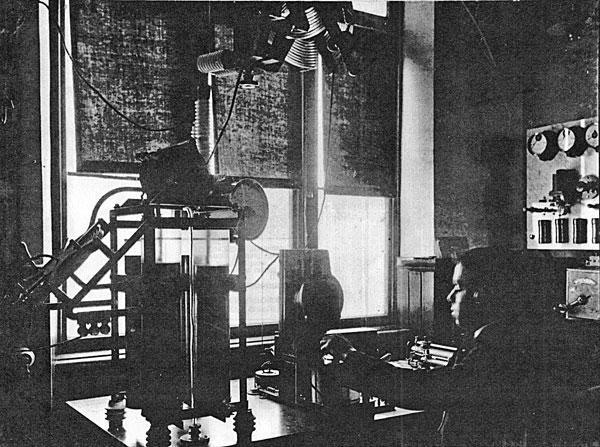Wireless operator at work, Tinakori Hill, 1912