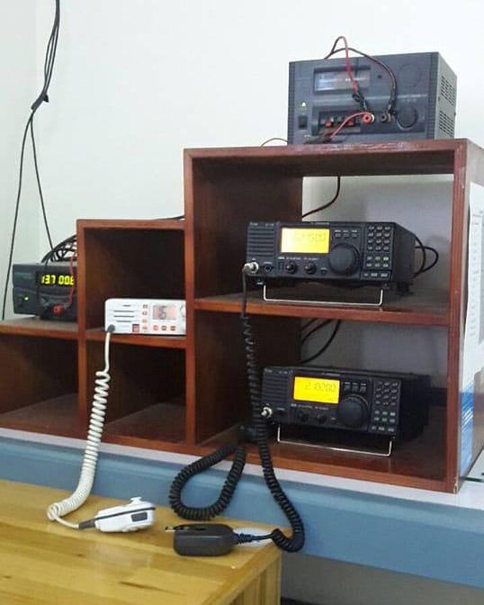 Nuku'alofa Radio A3A comprises a Standard Horizon VHF transceiver and two Icom IC-718 single sideband transceivers, Mar 2017.