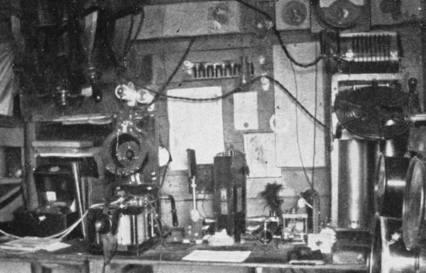 Controls for the Macquarie Island wireless station in 1912 or 1913