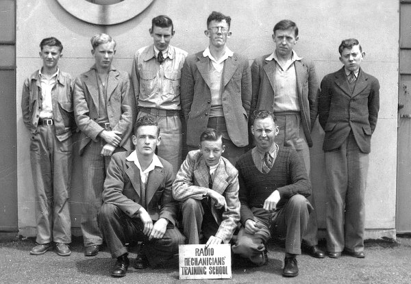 Radio Mechanicians Training School, P&T Radio Section, Wellington East PO, Dec 1949