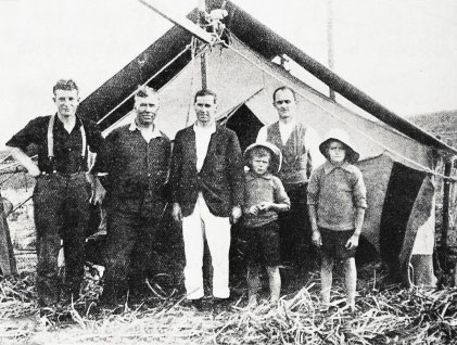 Staff at Tiritiri Matangi Lighthouse, 28 May 1924
