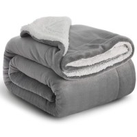 Free Bedsure Sherpa Fleece Blanket Giveaway
