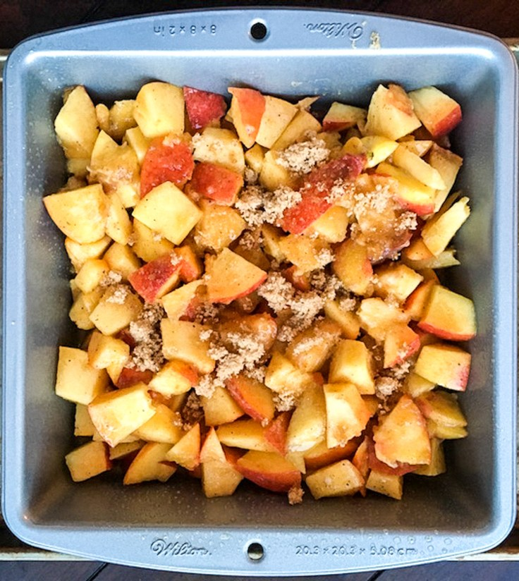 homemade peach cobbler filling