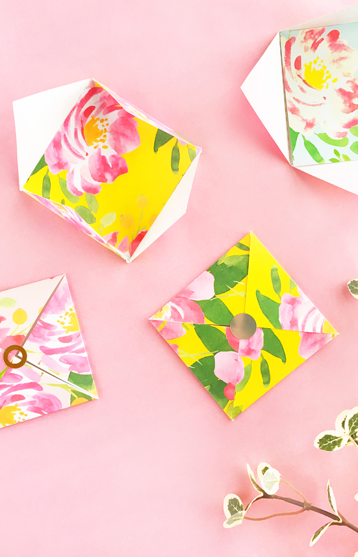 DIY Floral Patterned Envelope and Tag Set on The House of Wood - This week I am at the House of Wood sharing this free template and stationery tutorial!