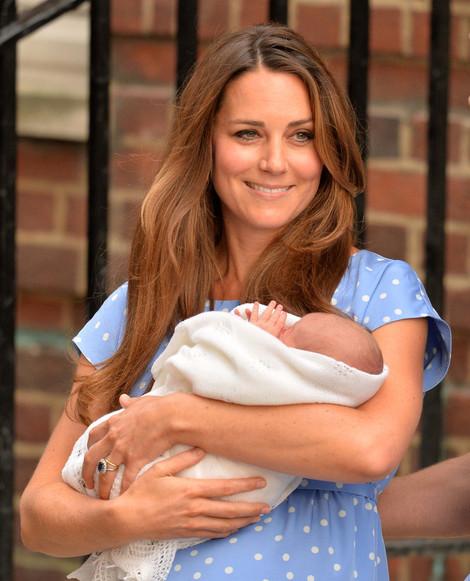 Kate Middleton-20130724-58