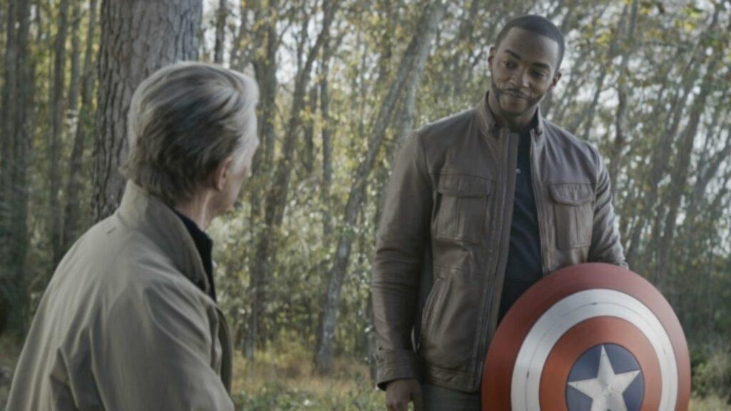 Falcon dan Captain America
