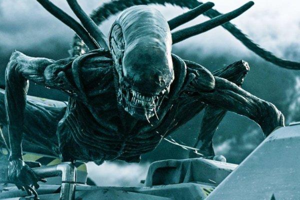 rekomendasi film tentang alien