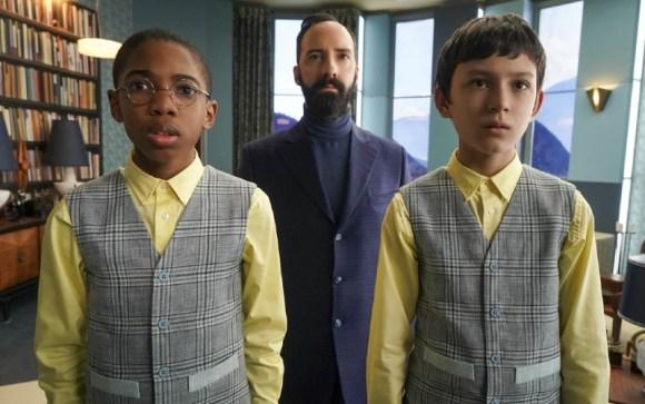 Sticky, Dr. Curtain, dan Reynie
