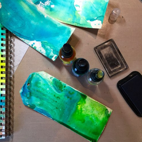 Making tags with Dylusions - Marjie Kemper