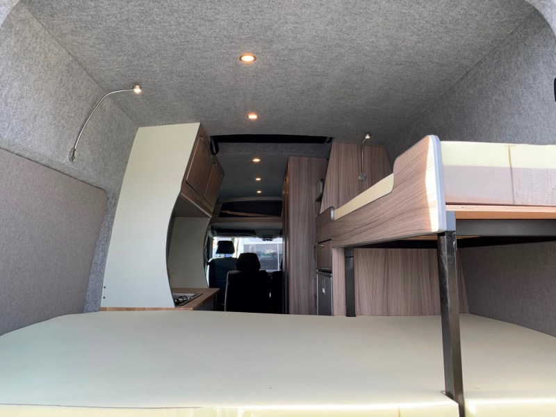 2019.09_Crafter_LWB_Full_Conversion (10)