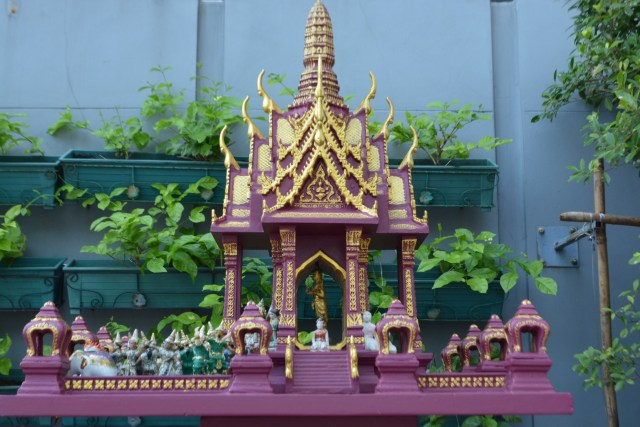 spirit house - Bangkok Thailand - Thailand- Gate 1 Travel