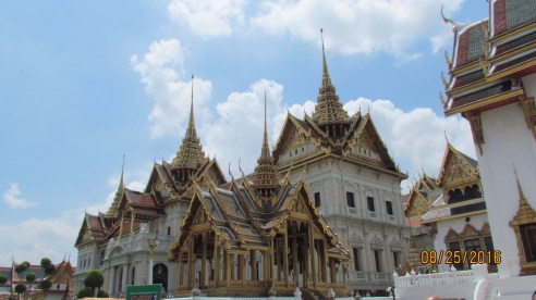 l Grand Palace - Bangkok - Thailand - Gate 1 Travel - New Palace