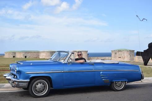 vintage cars in Cuba - Cuba Cruise - I LOVE Cuba photo tours