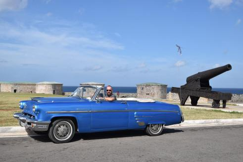vintage cars in Cuba - Cuba Cruise - I LOVE Cuba photo tours