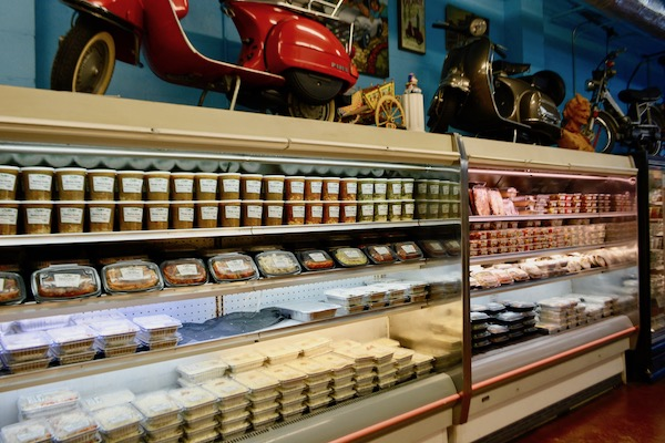 Mazzaro's - St Petersburg Florida- Florida culinary destination - Italian specialty foods - Italian home cooking- Italian foods