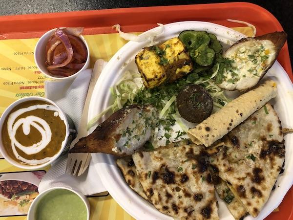 Sona Sweets- Epicuria Food Court - Nehru Place - New Delhi - Tandoori Veg Platter