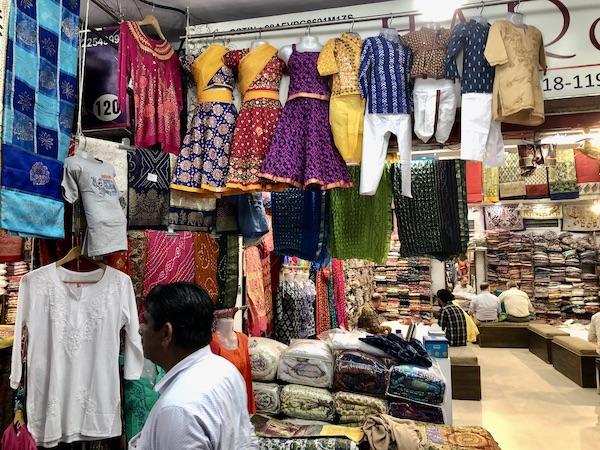 Jaipur - Jaipur Bazaar - shopping in Jaipur - Mark and Chuck's Adventures - India travels