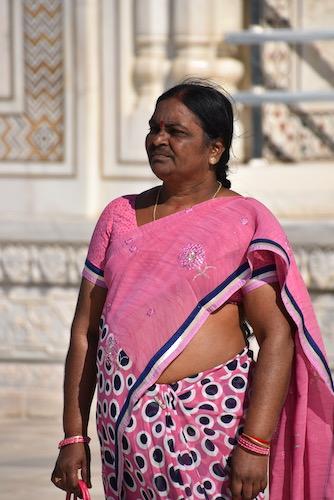 Mark and Chuck's Adventures - India trip - Indian Woman - Indian woman in pink sari - Taj Mahal - Agra