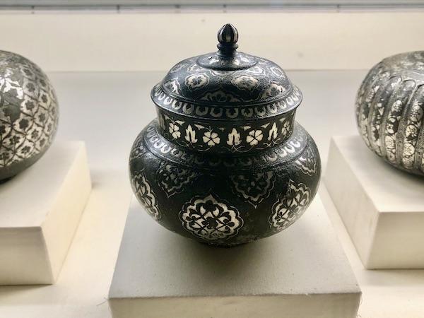 bidriware - Indian silver - -Mehrangarh Fort – Jodhpur – Rajasthan – India – India travel blog – traveling in India