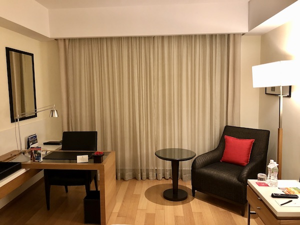 hotel room at the Trident Nariman Point Hotel with ample desk workspace
