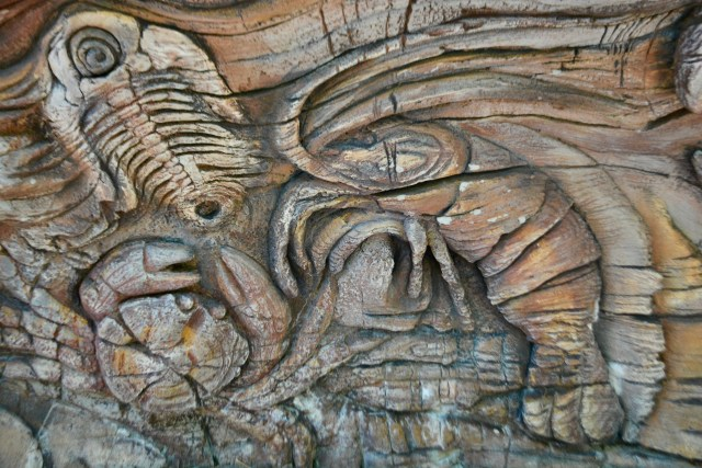 Crab and shrimp carvings in the Tree of Life at Disney's Animal Kingdom